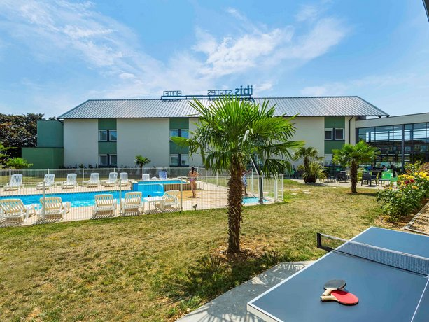 Ibis Styles Bourges Images