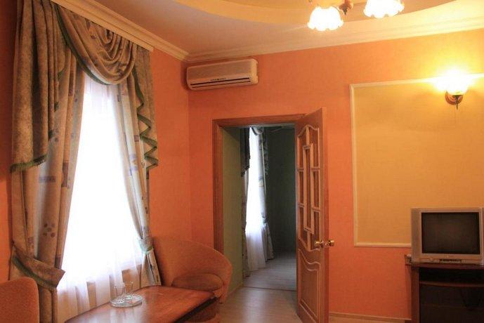 Hotel on Kaminskogo