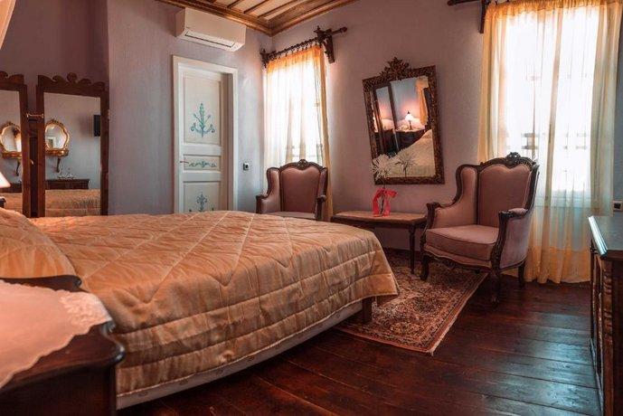 Ilion Hotel-Suites