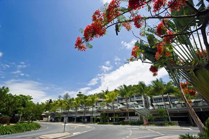 Photo: Coconut Grove Apartments