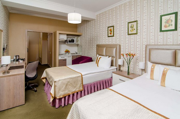 Flowers Hotel Chisinau