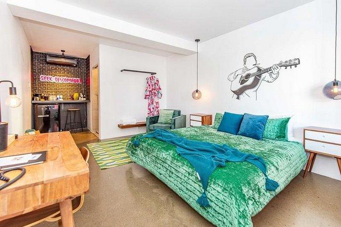 Photo: The Pink Hotel Coolangatta