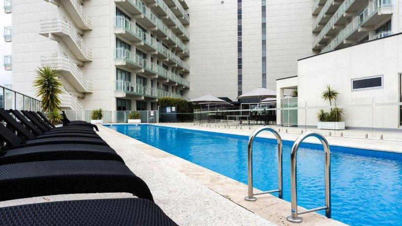 Photo: Luxurious Apartments Near City