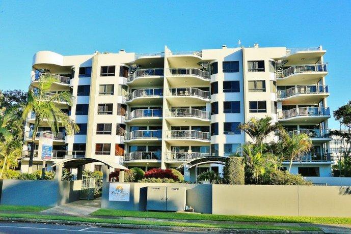 Photo: Riverdance Apartments