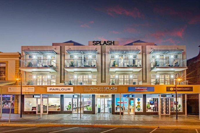 Photo: Semaphore Splash Apartments