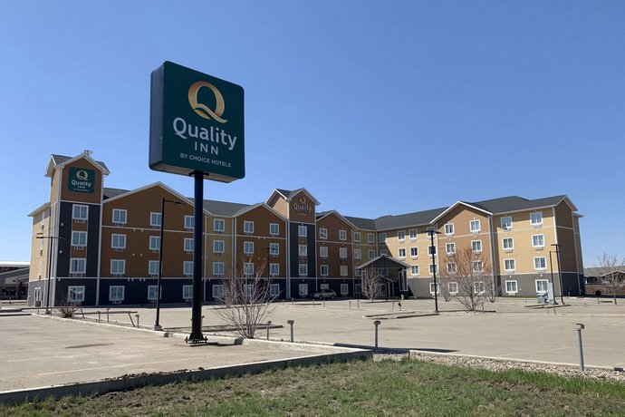 Suburban Extended Stay Hotel Estevan Images