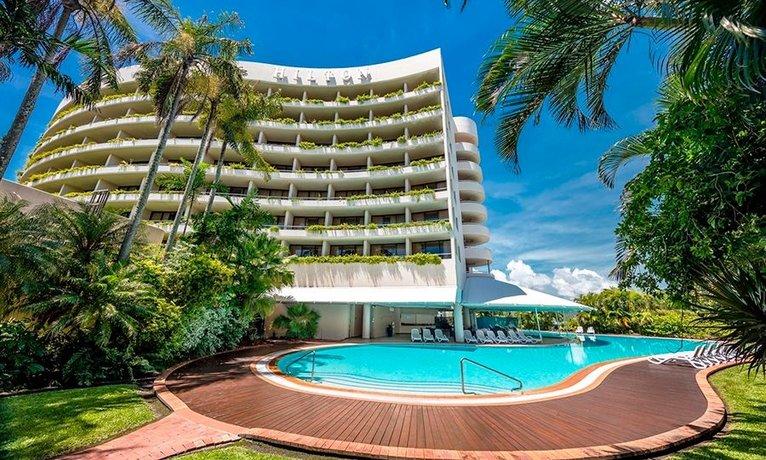 Photo: Hilton Cairns