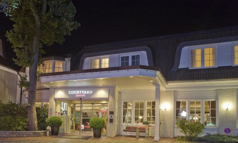 Courtyard by Marriott Hamburg Airport Images