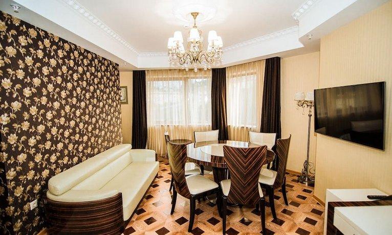 Отель Денарт