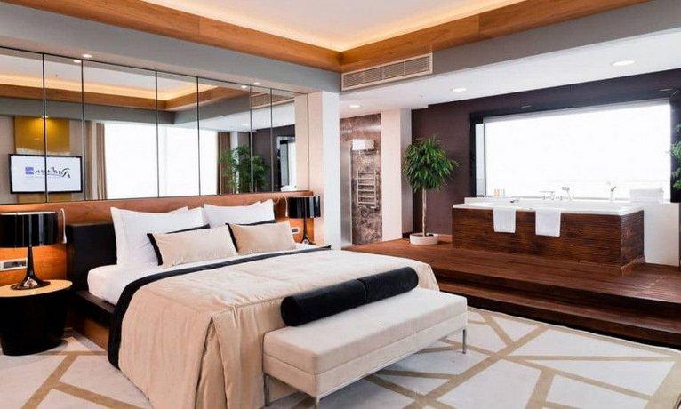 Отель Radisson Blu Resort & Congress Centre