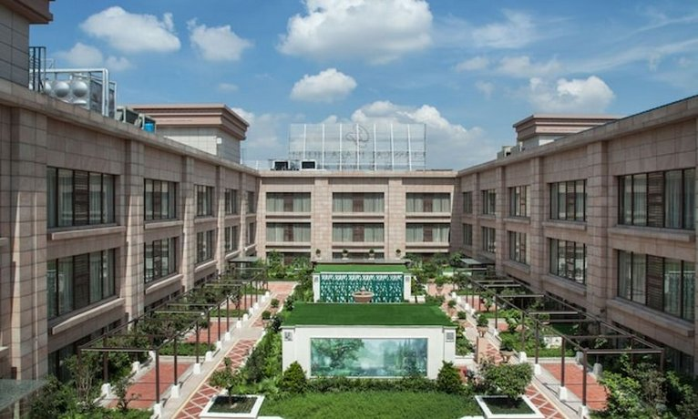 Foshan Classical Plaza Hotel Images