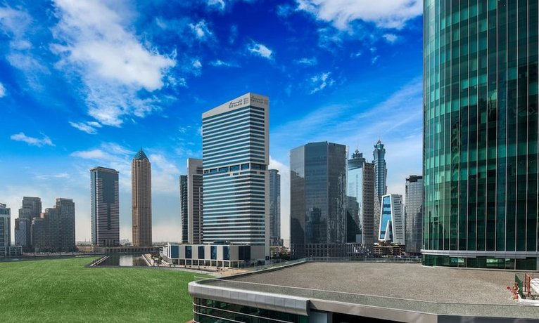Radisson Blu Hotel Dubai Waterfront 이미지