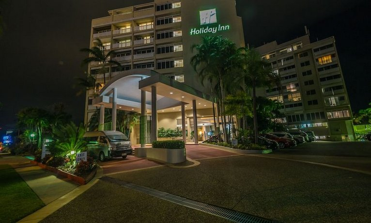 Photo: Holiday Inn Cairns Harbourside