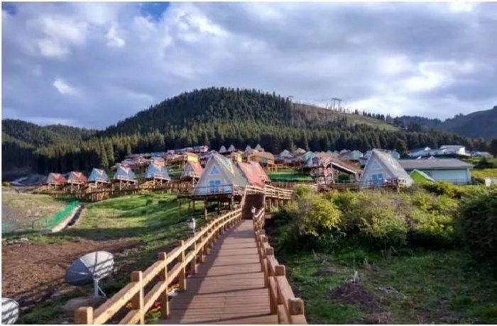 Urumchi Nanshan Scenery Retreats