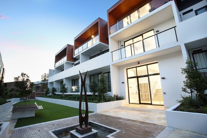 Photo: Northcote Hill - StayCentral