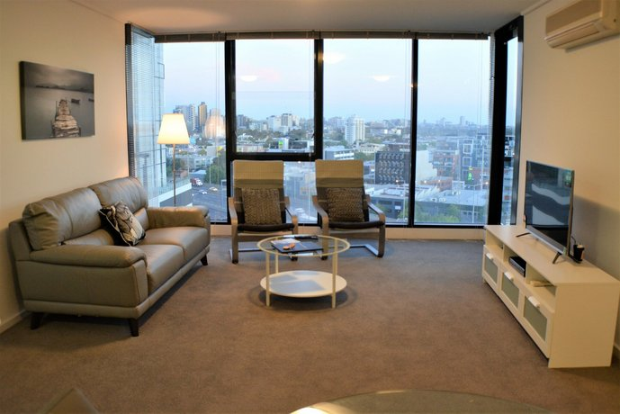 Photo: Royal Stays Apartments - Whiteman St