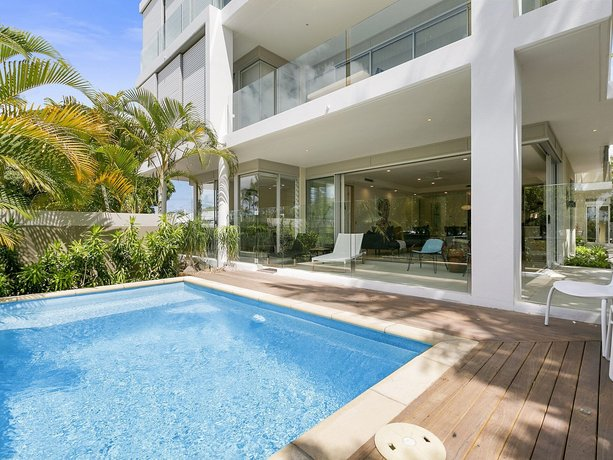 Photo: First Class Luxurious Apartment on Noosa River - Unit 1 Wai Cocos 215 Gympie Terrace