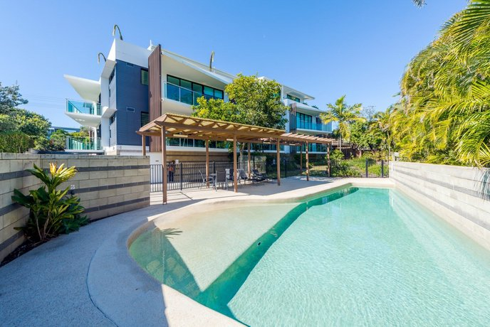 Photo: Stylish Beach Side Apartment - Unit 5 - 33 Lorikeet Drive