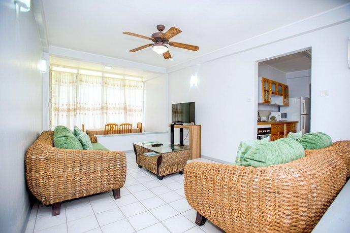 Bougainvillea Apartments St Georges
