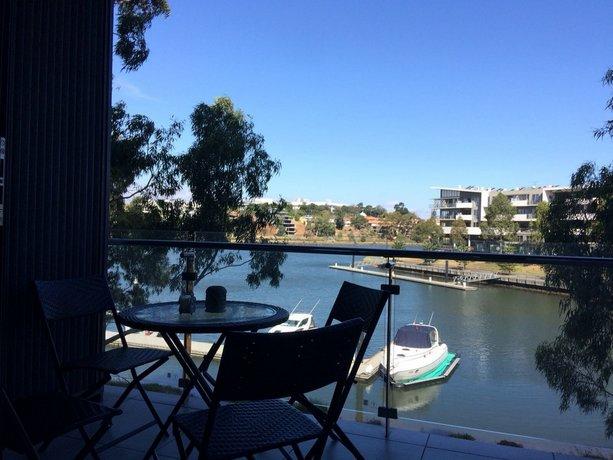 Photo: Marina View Apartment on the Maribyrnong River Melbourne