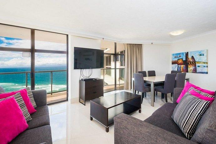 Photo: Resort Style Beach Apartment- Surfers Paradise