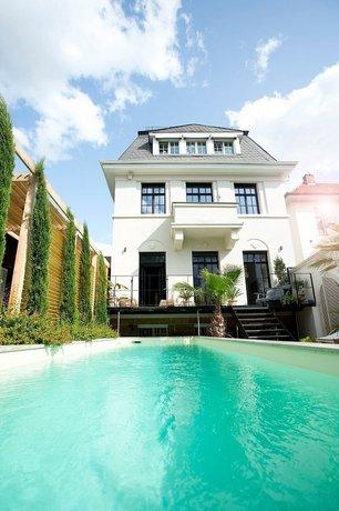 Heavensgate Suite Mannheim Images
