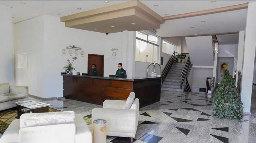 Podium Apart Hotel Images