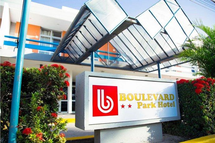 Boulevard Park Hotel Images