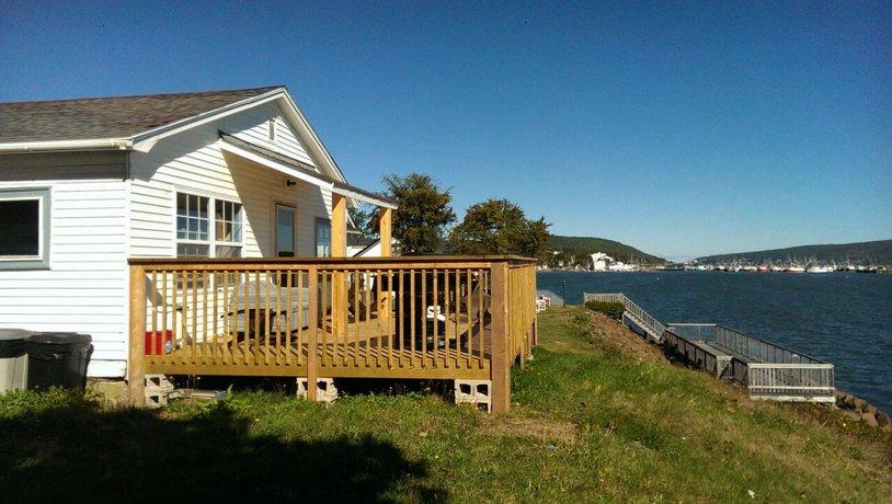 Beautiful Seaside Cottage Images