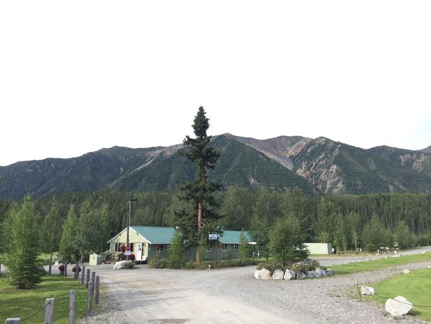 Discovery Yukon Lodgings Images
