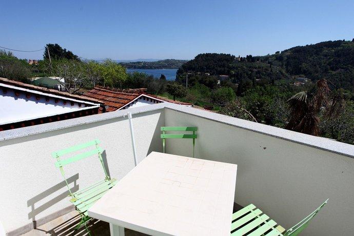 Sunny Terraces Apartments ZT
