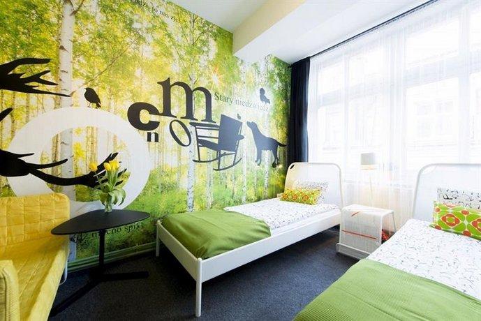 COLOR Hostel Poznan