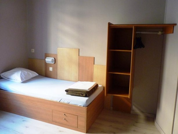Sleep Well Youth Hostel