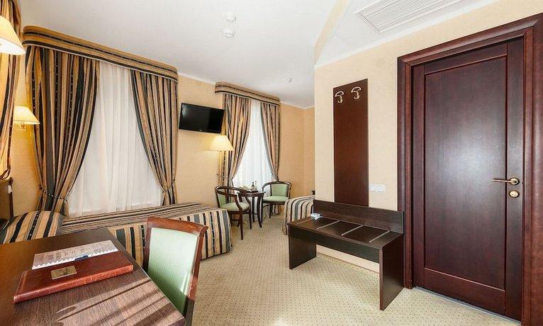 Отель Old Estate Hotel & SPA
