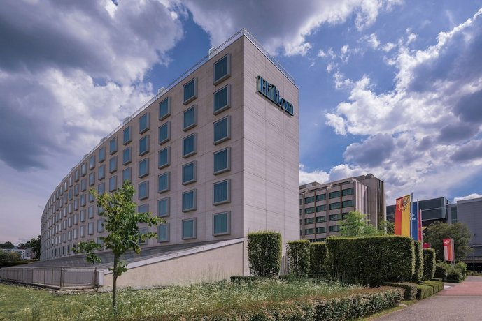 Hilton Geneva Hotel and Conference Centre Images