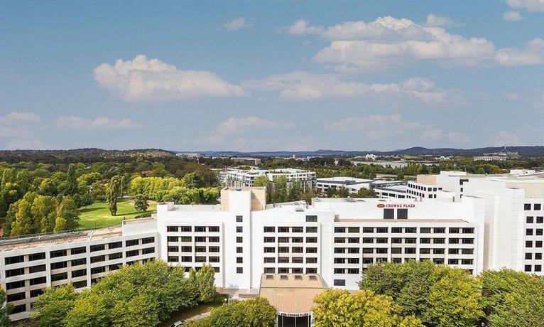 Photo: Crowne Plaza Canberra