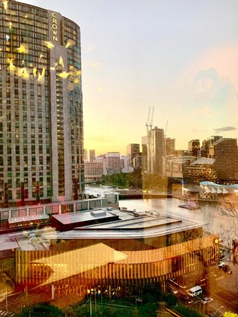 Photo: Luxury 2BR Apartment with amazing skyline view crown