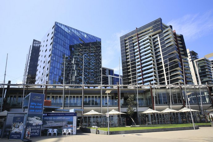 Photo: Docklands Luxury Penthouse Right Above The District Docklands