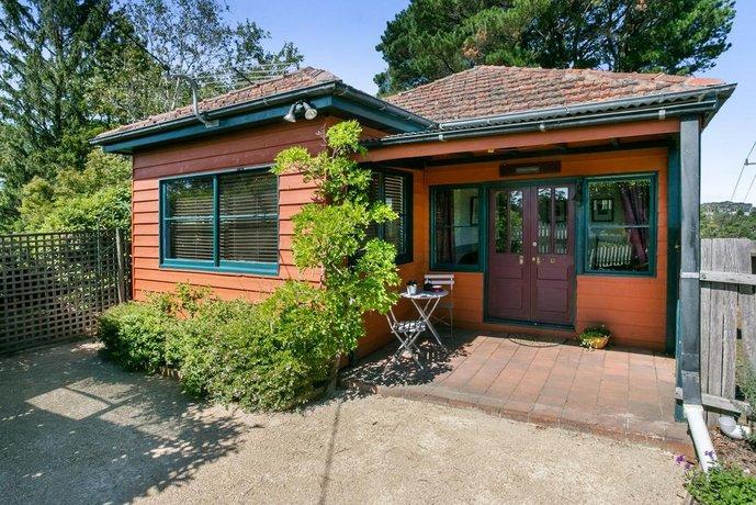 Photo: Carinya Cottage Katoomba