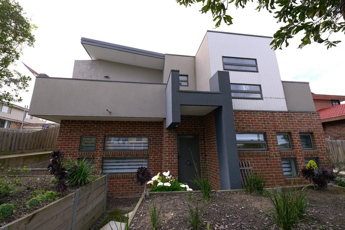 Photo: A Cozy 3BRM House at Doncaster