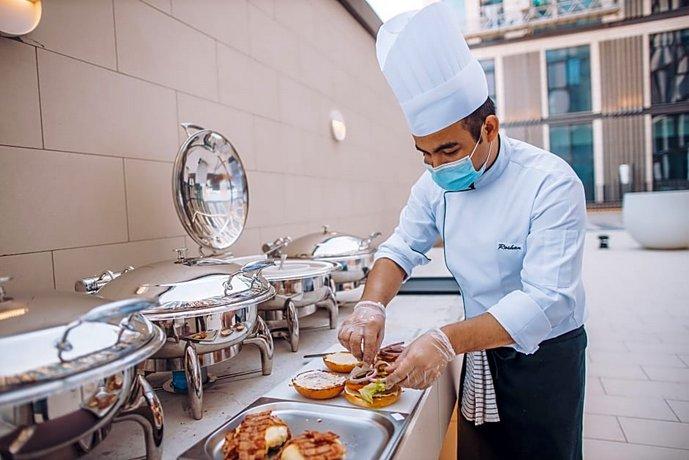 Staybridge Suites Dubai Al-Maktoum Airport 이미지