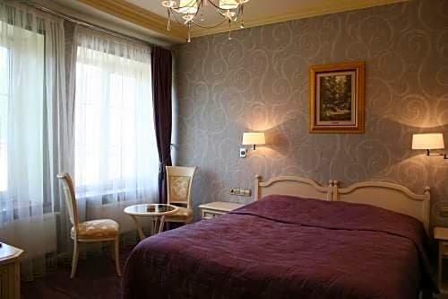 Отель Дворянское Гнездо