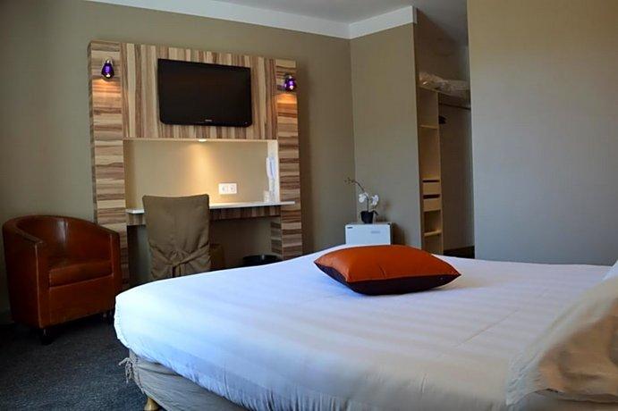 Hotel The Originals Aurillac Grand Hotel Saint-Pierre Images