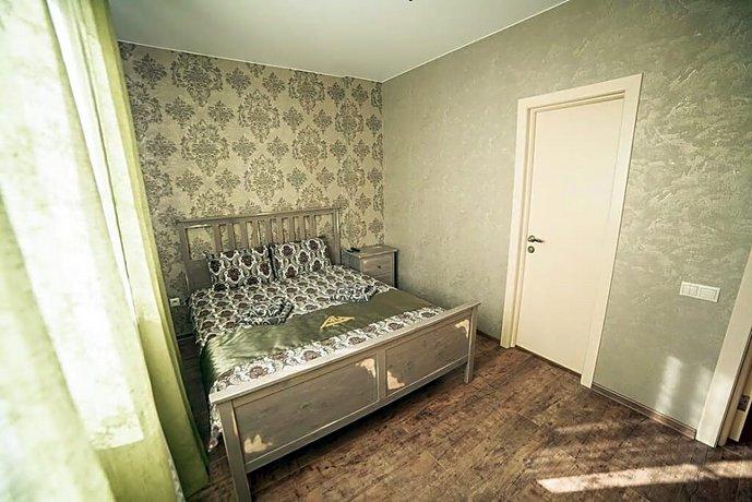 Клуб-отель Au Rooms Континент