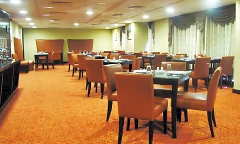 Paragon Hotel Abu Dhabi 이미지