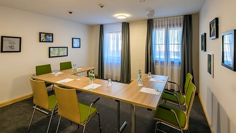 Holiday Inn - Munich Airport Images