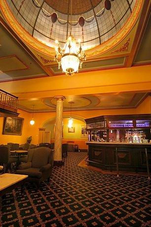 Photo: Carrington Hotel