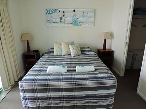 Photo: Emerald Sands Holiday Apartments