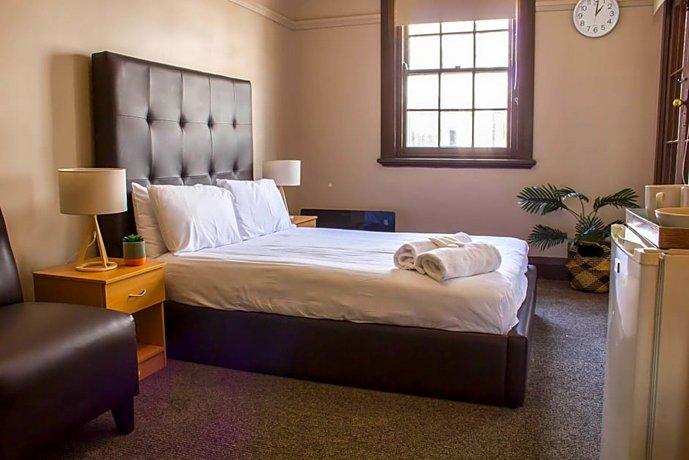 Photo: Campsie Hotel