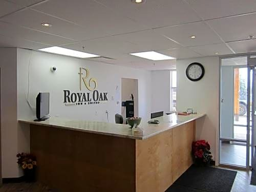 Royal Oak Inn and Suites & RV Park Images